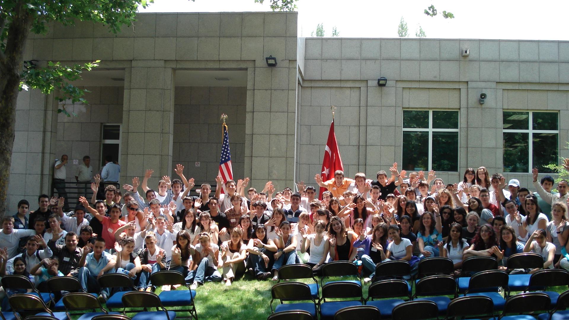 ISEWorld Öğrencileri ABD Büyükelçiliği'ni Ziyaret Etti