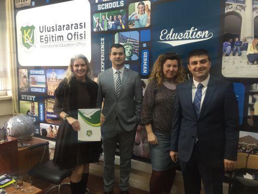 Kadıköy Anadolu Lisesi, UNESCO Global Scribes Programı Başkanı Cynthia English'i Ağırladı