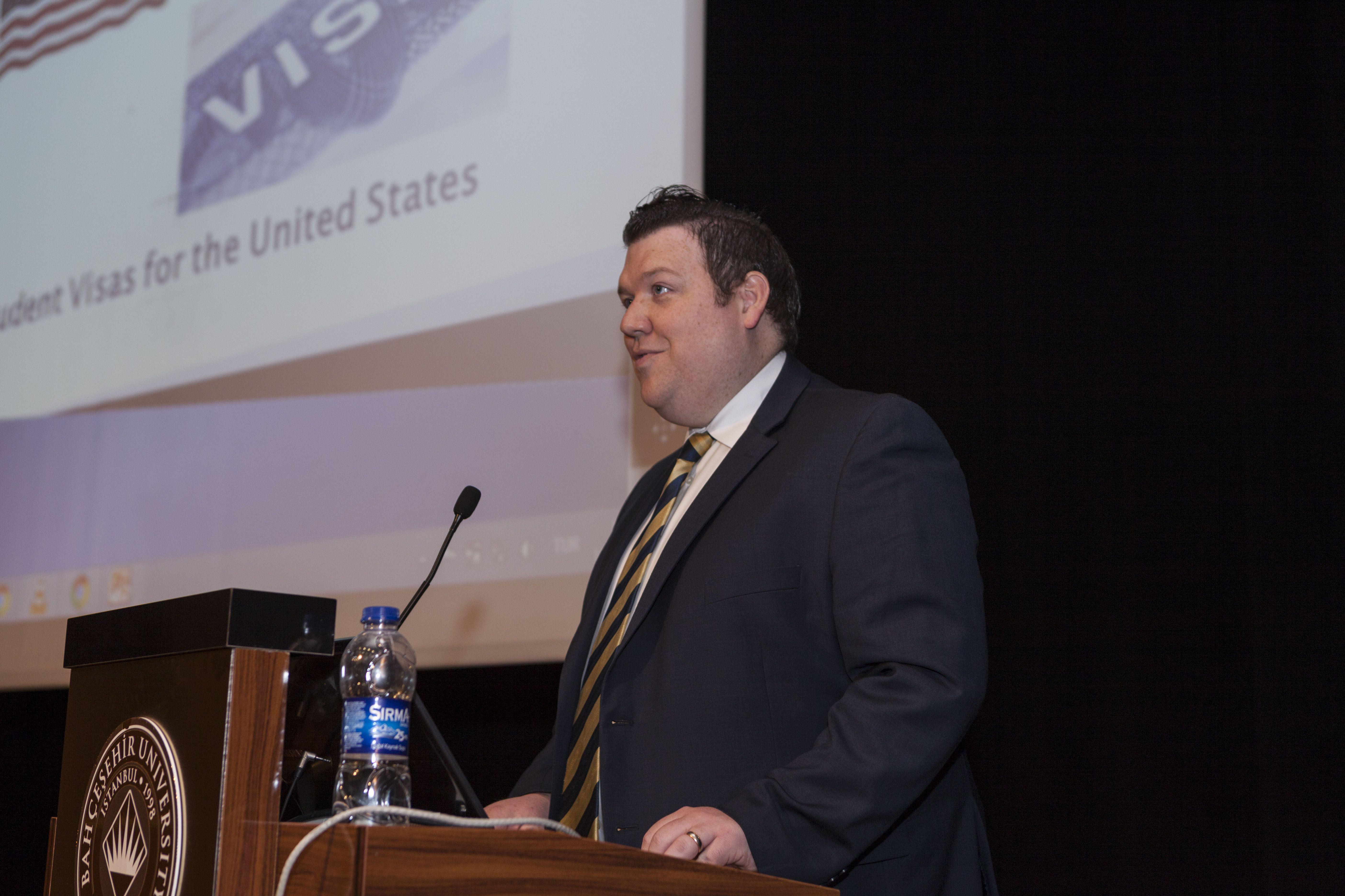 Vice Consul Tylor W. Beebout'tan ISEWorld Öğrencilerine Mesaj Var