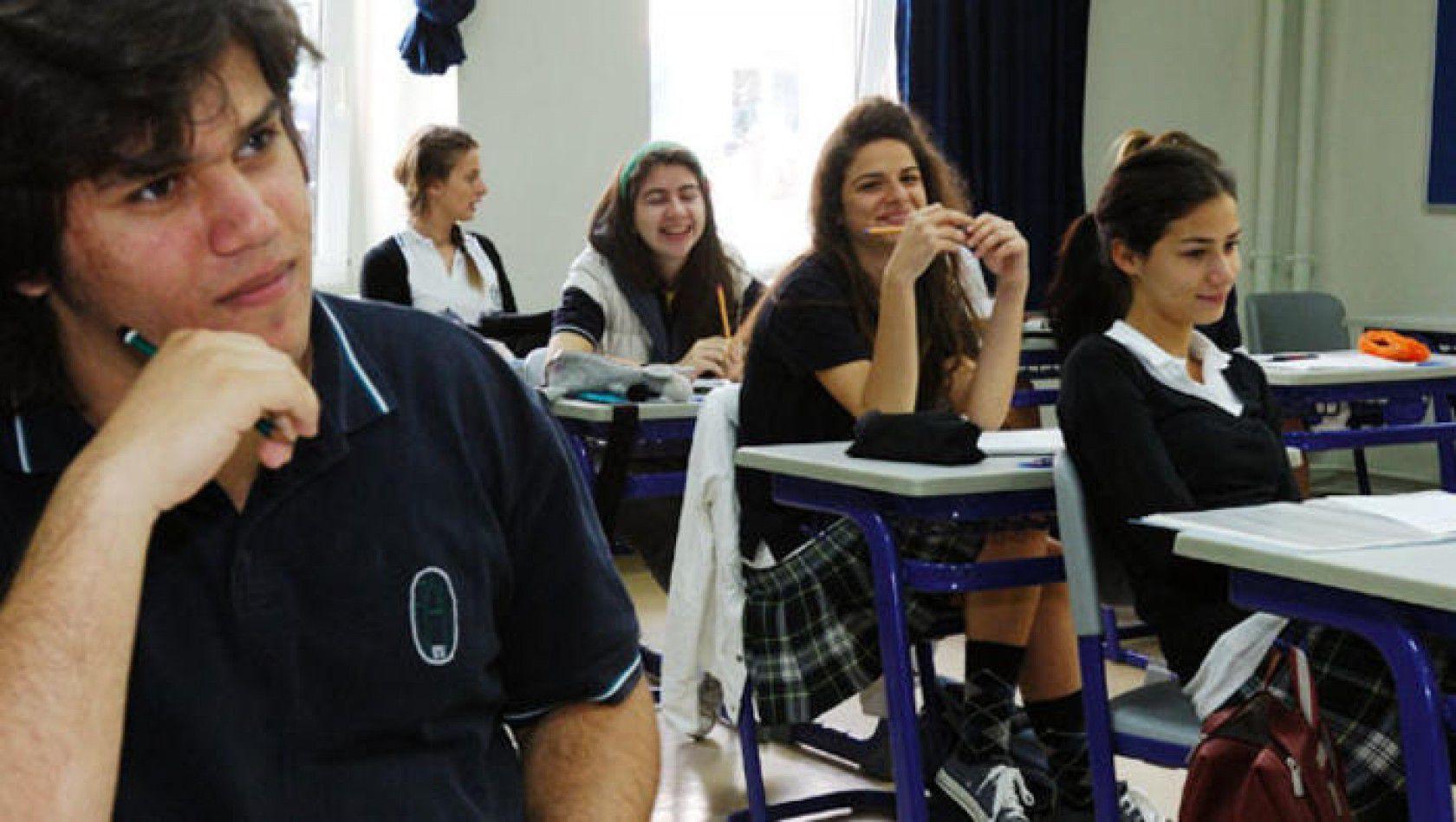 Kanada Lise Eğitimi için Gerekli Evraklar