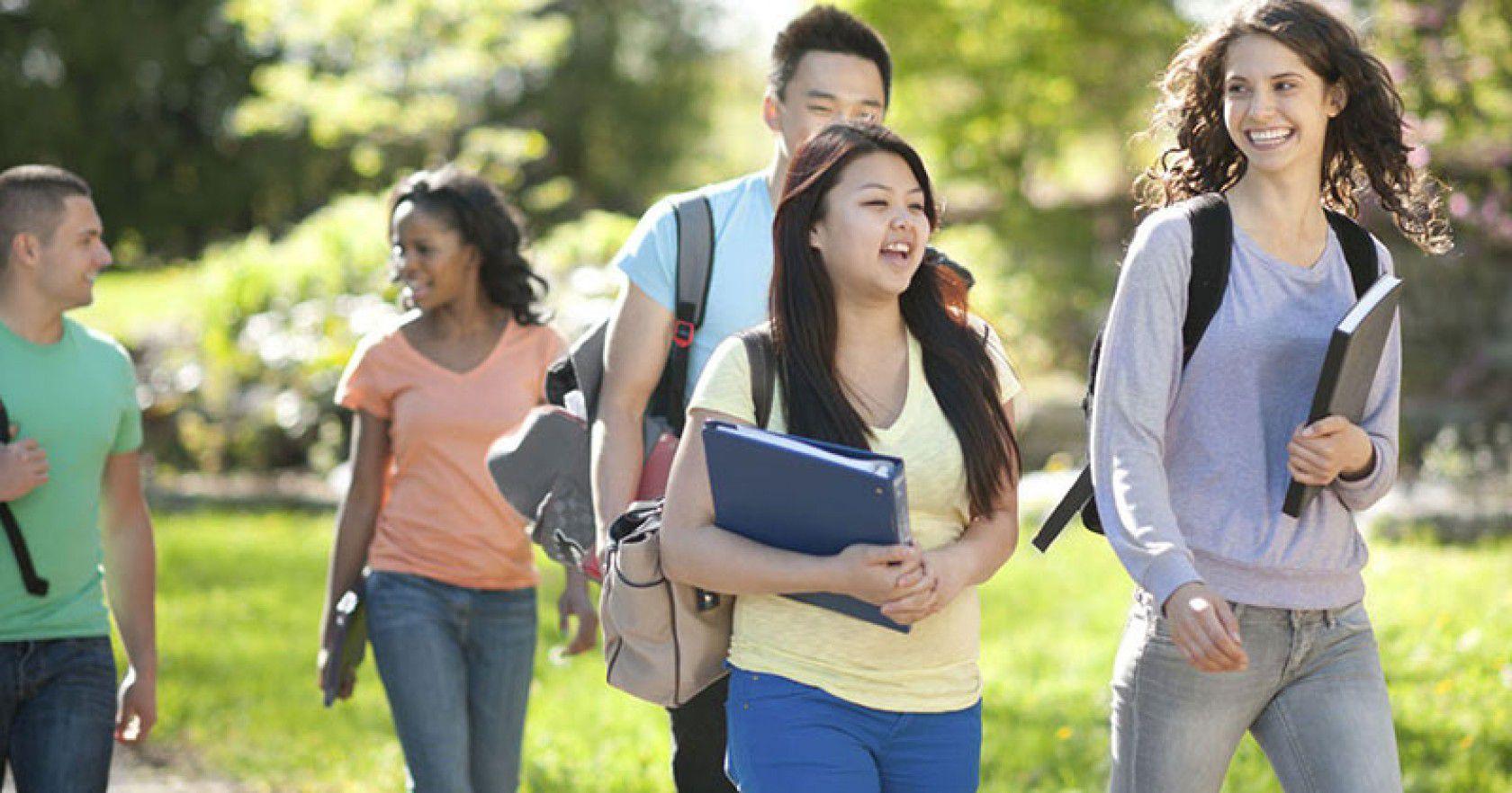 Avustralya Lise Eğitimi için Gerekli Evraklar