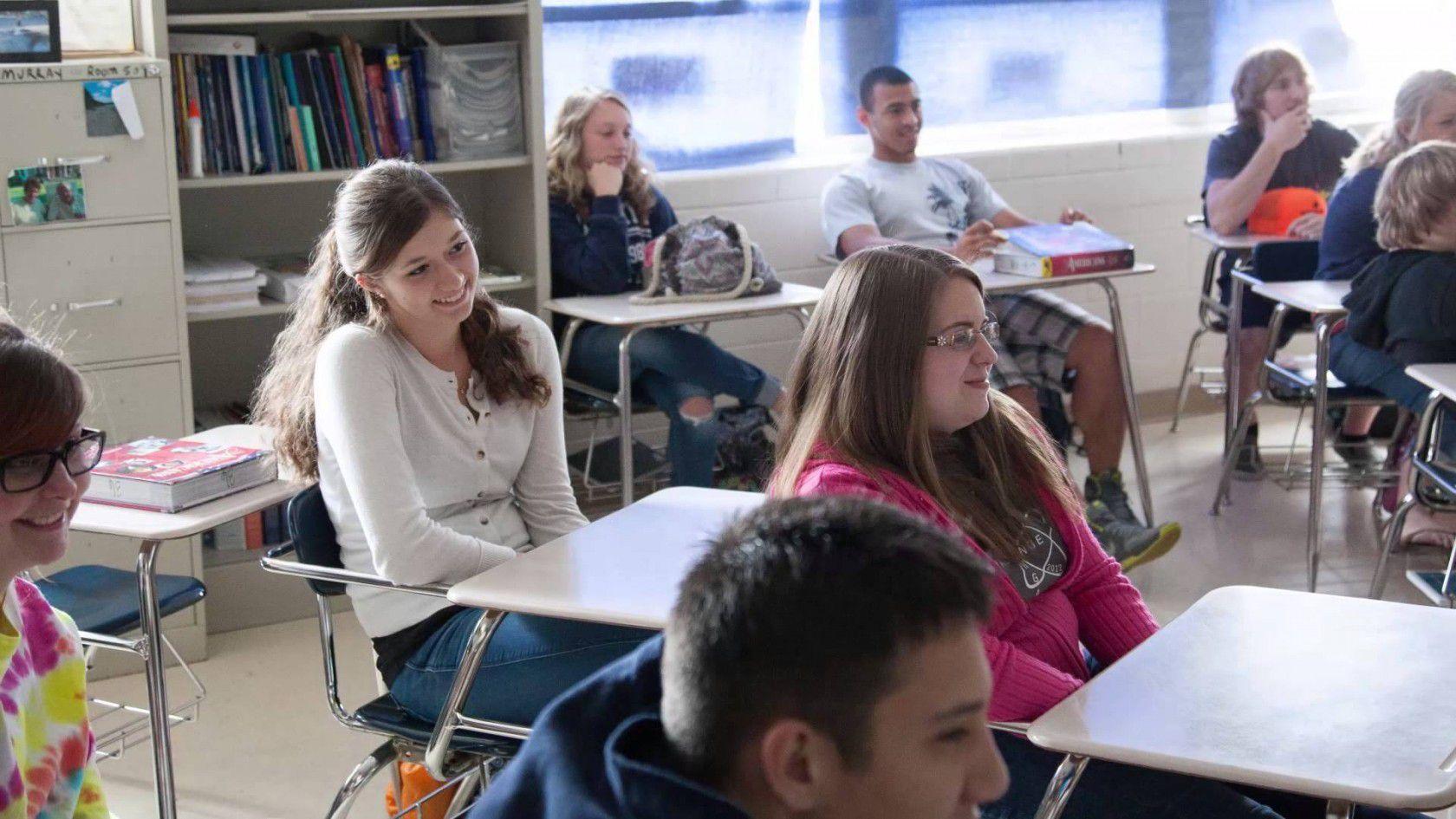 Amerikan Eğitim Programları Vakıf Bursları