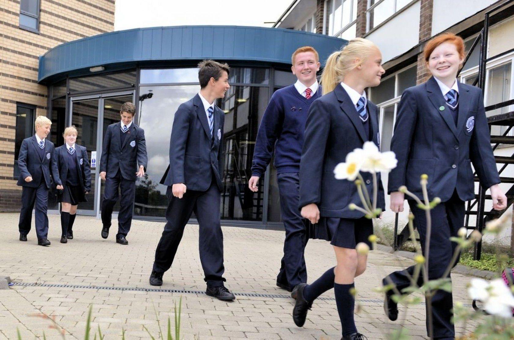 Kanada'da Lise Eğitimi Hakkında Bilinmesi Gerekenler
