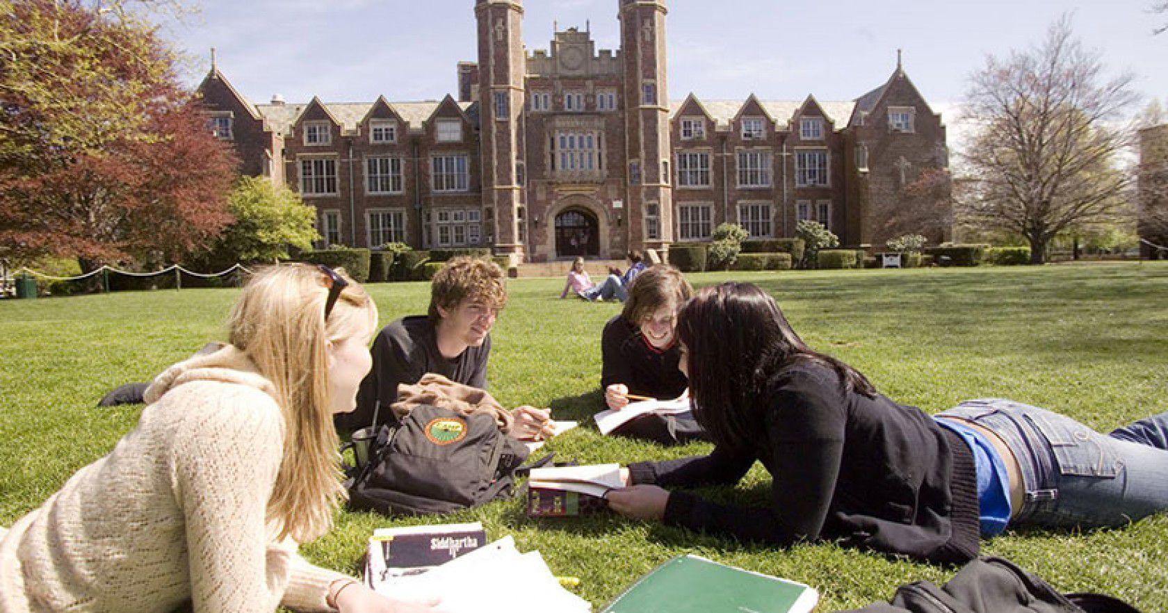 İngiltere Kolej Fiyatları Ve İçine Dâhil Olan Hizmetler Nelerdir?