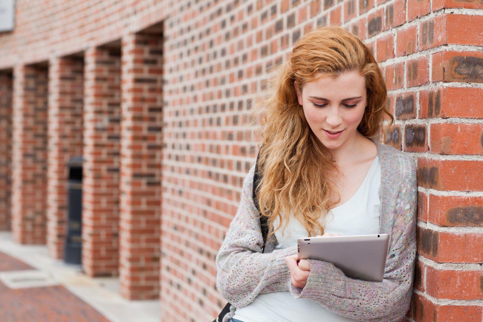 Kanada'da Lise Eğitim Bütçeni Daha Hesaplı Kullanabileceğin 5 Taktik