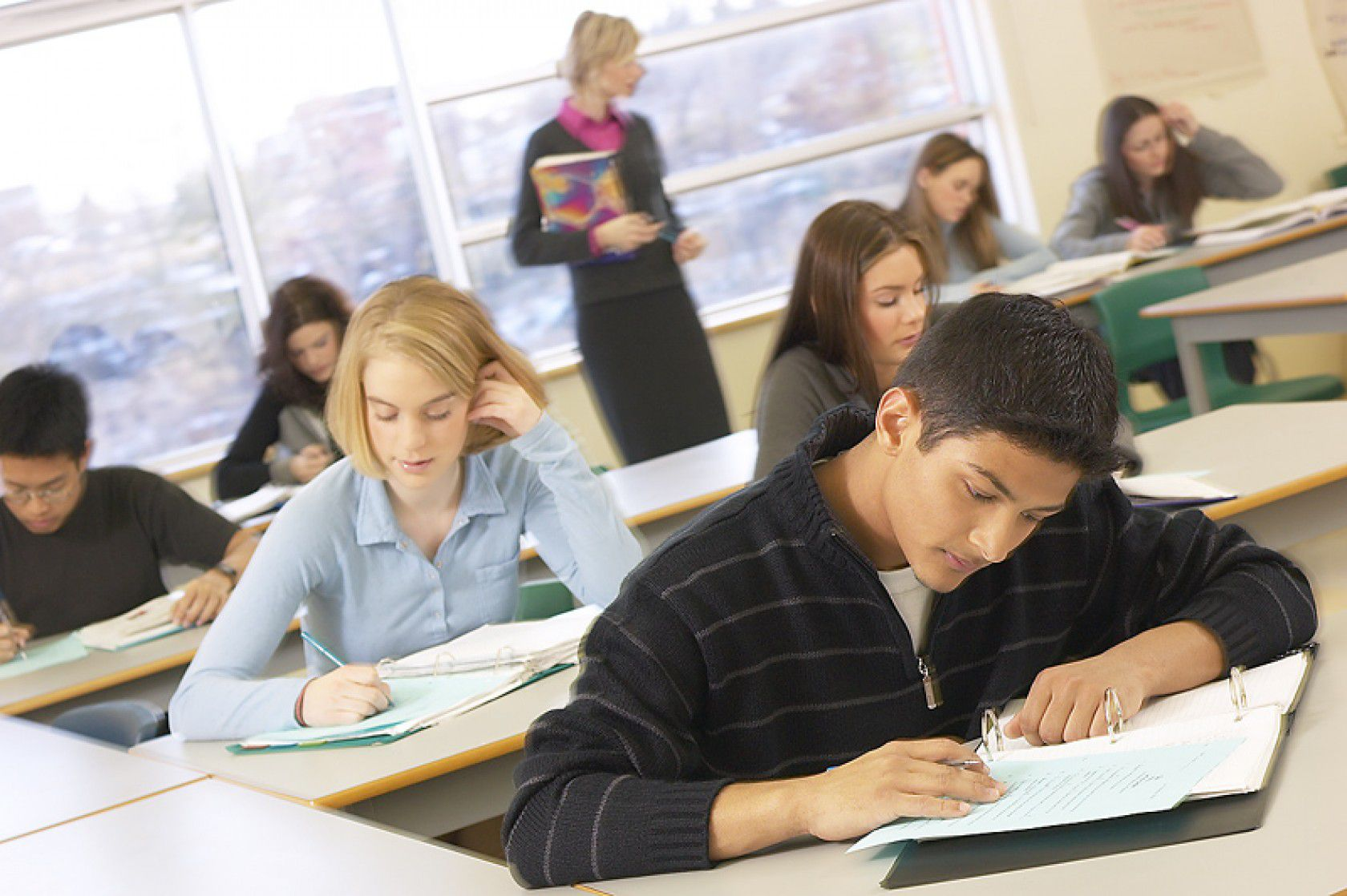 Aileler neden Amerika'da lise eğitim programlarını tercih ediyor?
