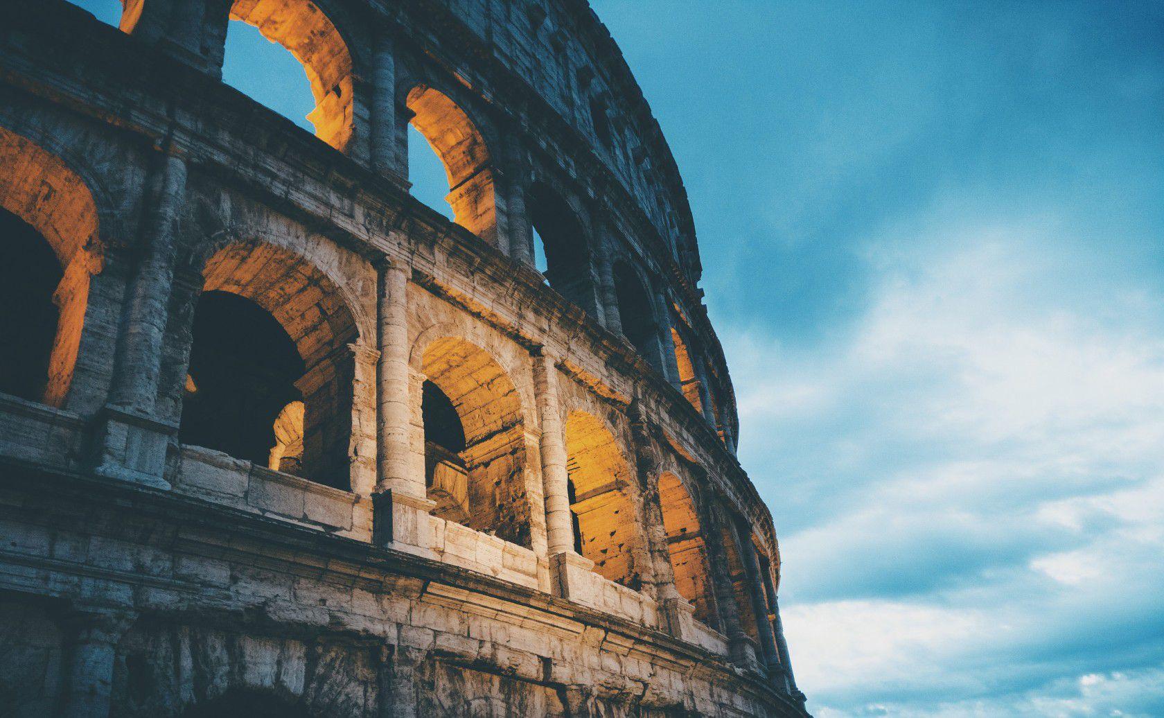 İtalya'da lise eğitimi almak isteyenleri bekleyen süreçler