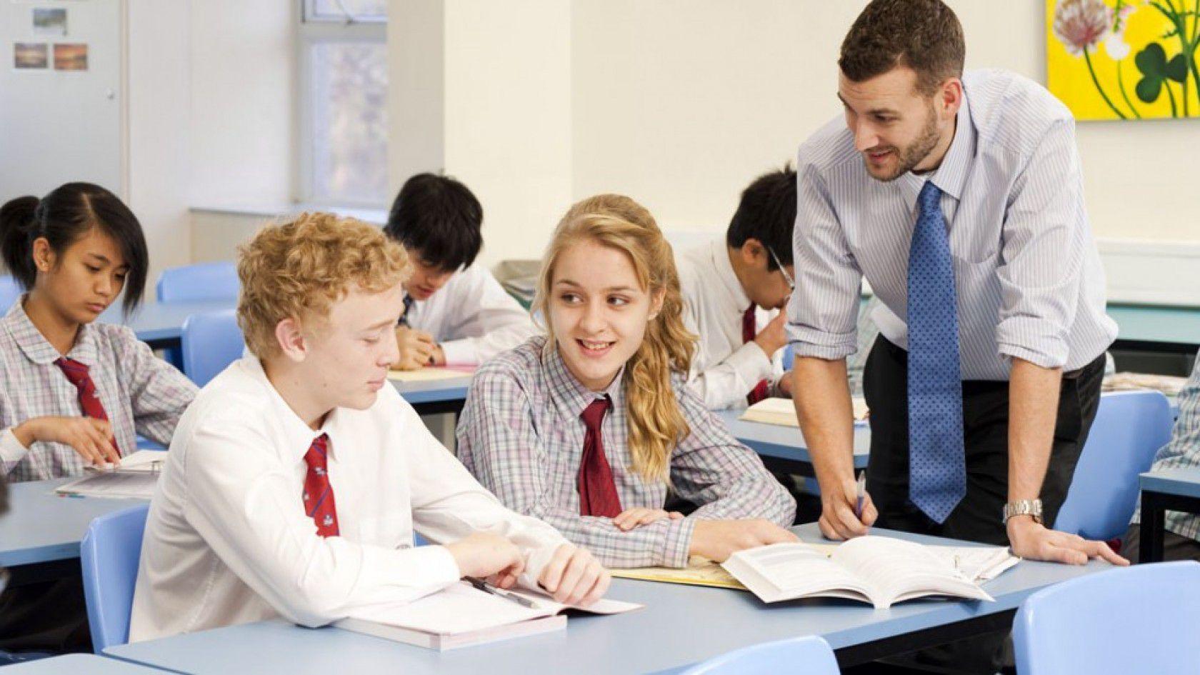 Uzmanların Görüşleri ile Avustralya'da Ortaokul Eğitimi ile Alakalı Bilinmesi Gereken Detaylar