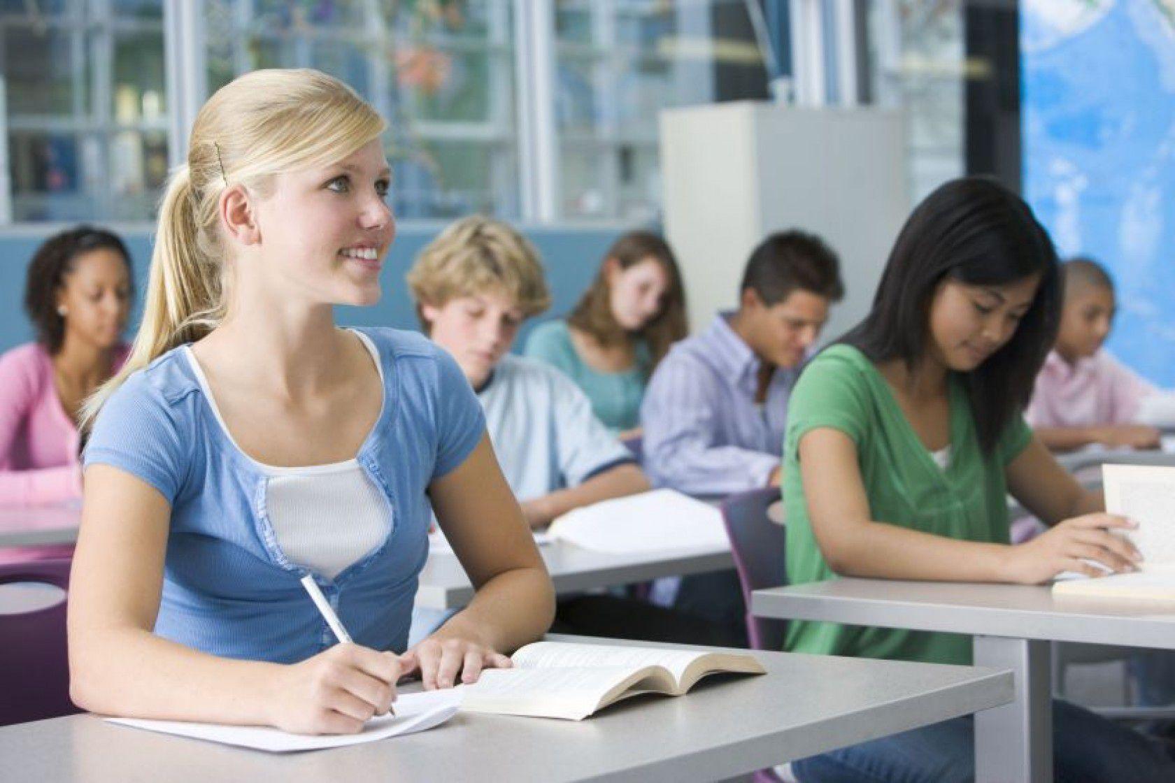 Öğretmen Görüşlerinden Yurtdışında Eğitim Almanın Avantajları Nelerdir?