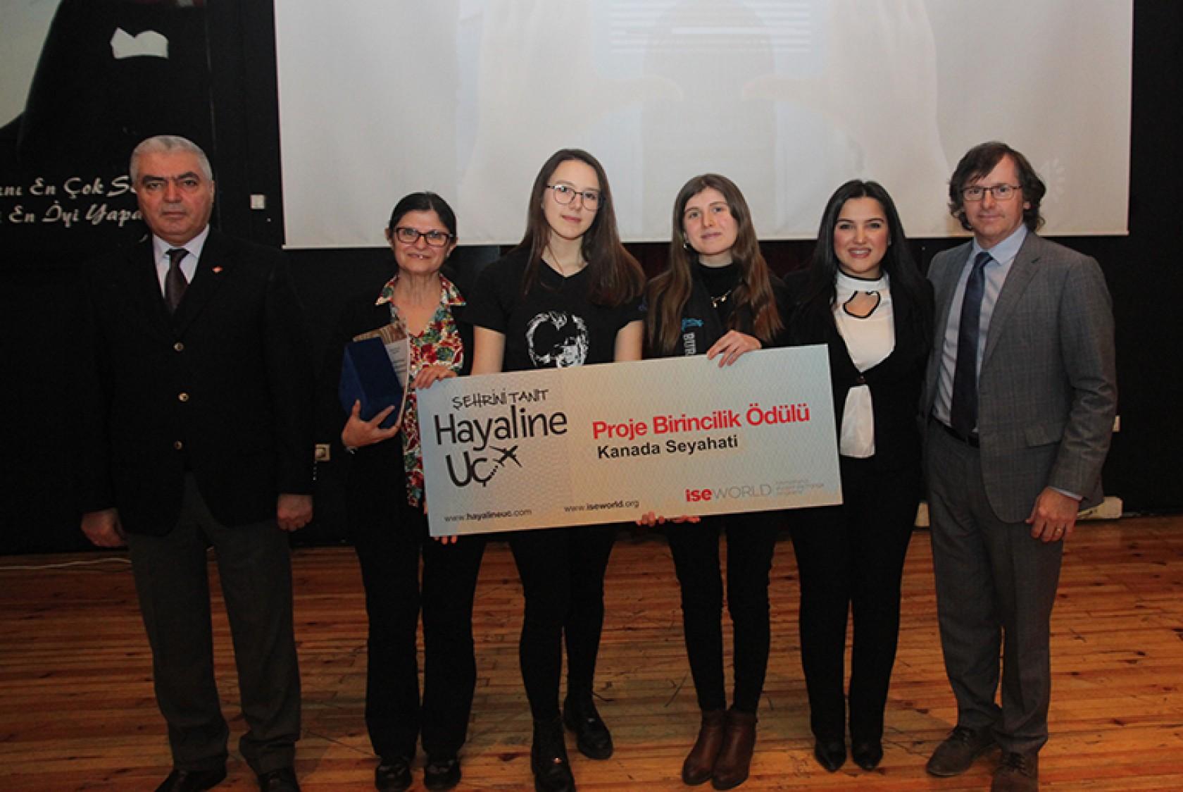 Bursa'dan Kanada'ya Hayallerine Uçacak Öğrenciler Belli Oldu!