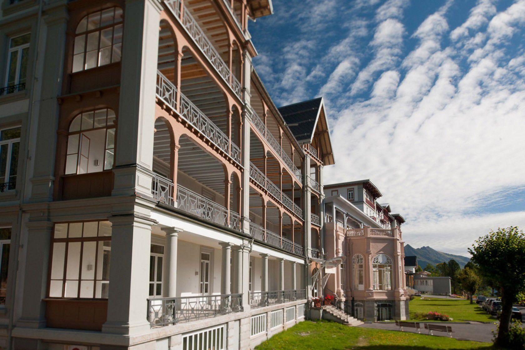 İsviçre'de Kampüs İçinde Lise Okumak