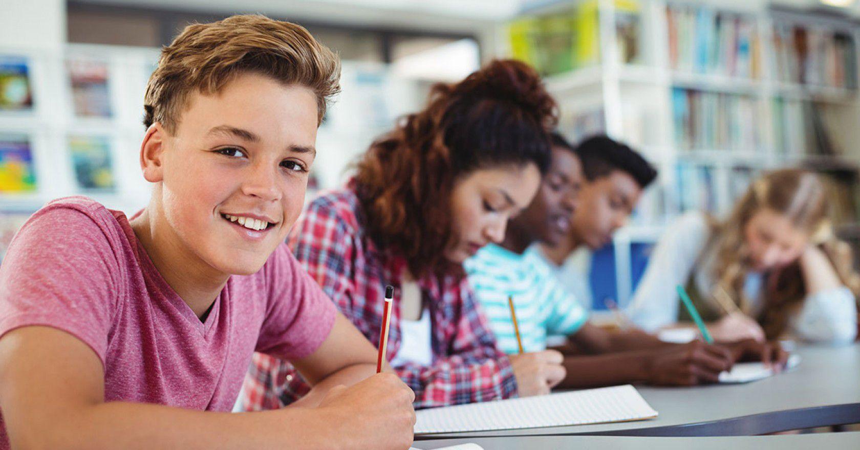 İsviçre'de ortaokul eğitimi almak isteyenleri bekleyen süreçler