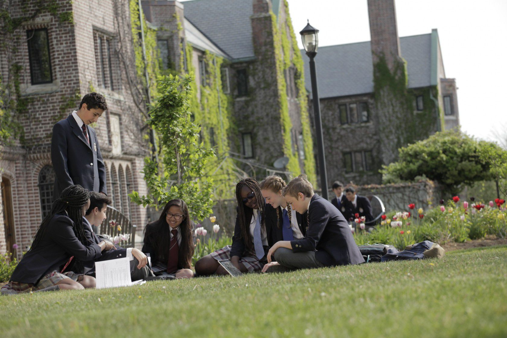 Yurtdışında Lise Eğitimi Nasıl Alınır?