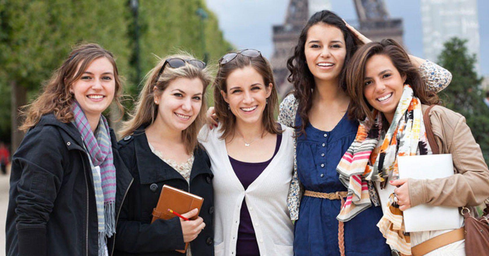 Avrupa'da lise eğitimi almak isteyenleri bekleyen süreçler