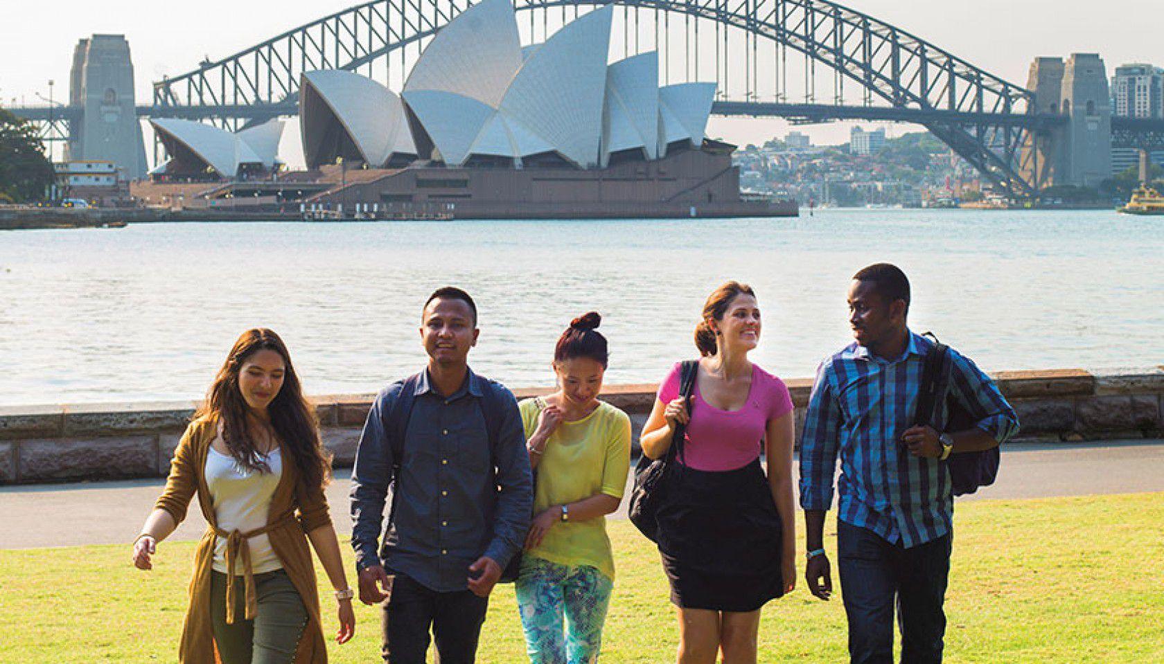 Avustralya'nın En İyi Fen Liseleri ve Öğrenci için Avantajları