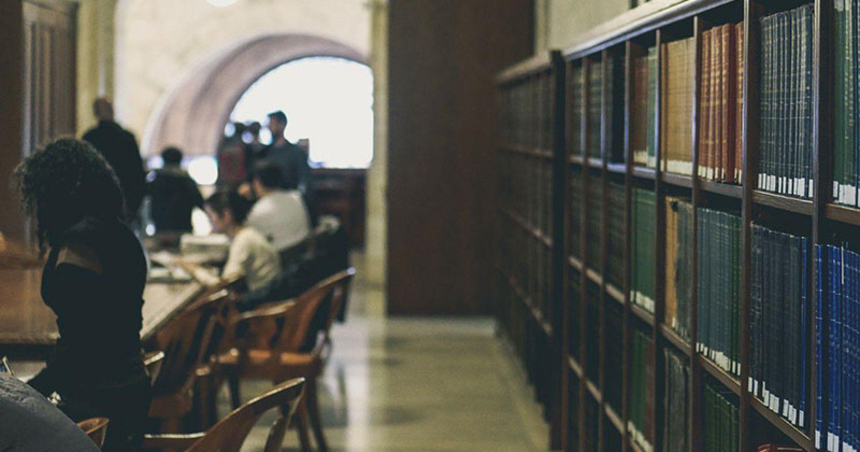 İngiltere'de eğitim için eğitim bakanlığı vakıf başvuruları nasıl yapılır?