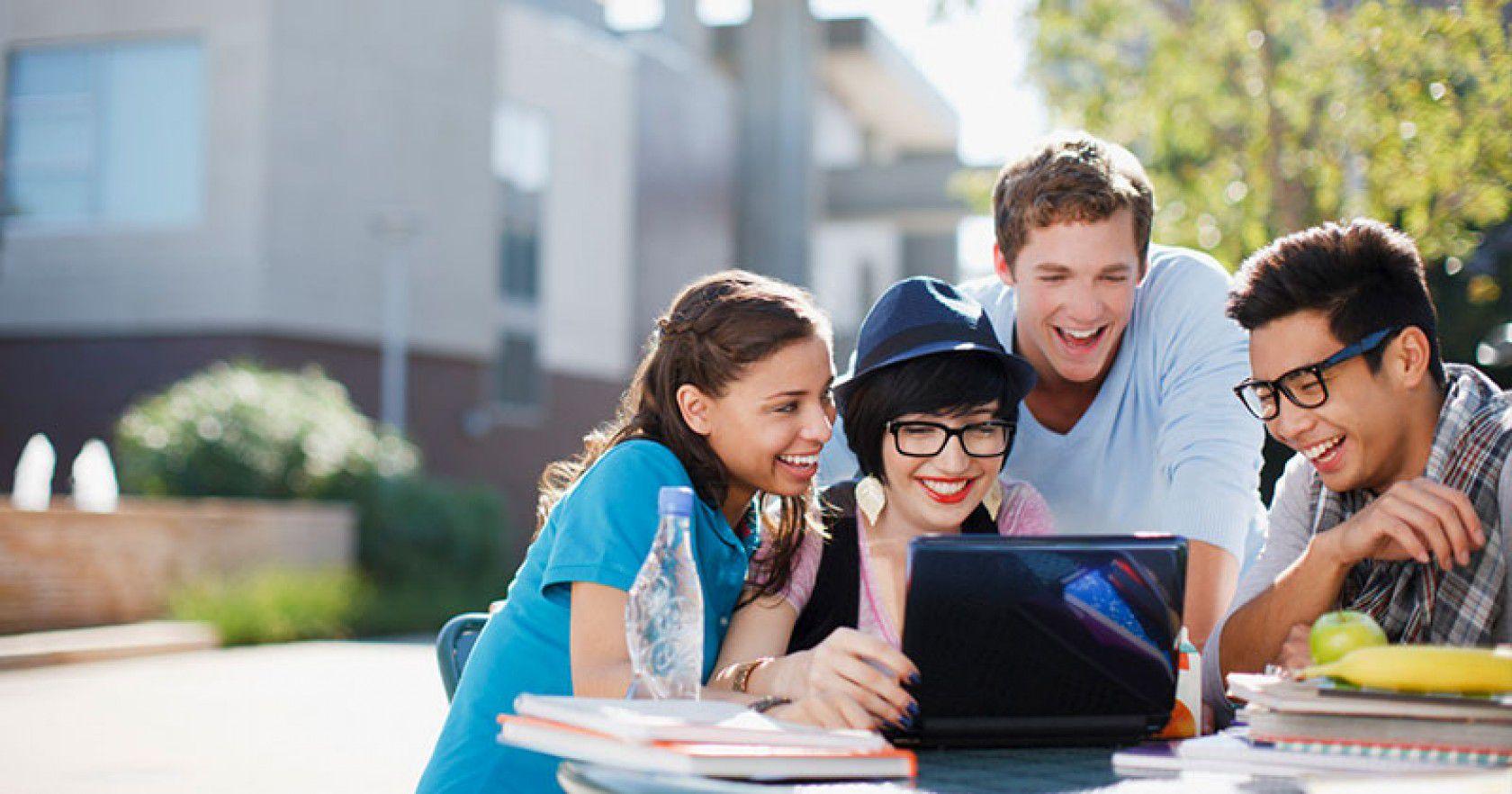 Kanada Ontario'da Özel Yatılı Lise Eğitimi Ve Kampüs Hayatı Nasıldır?